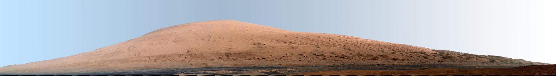 Wydma Aeolis Mons widziana przez kamerę łazika Curiosity z krateru Gale