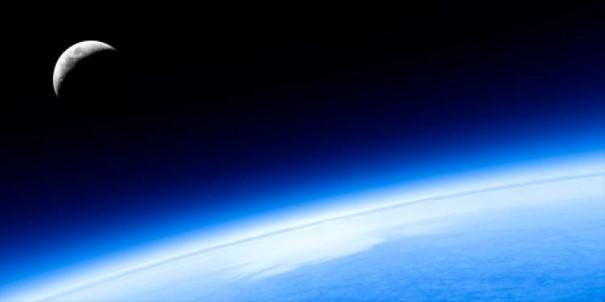 Warstwa ozonowa w atmosferze Ziemi pełni ważną rolę w ochronie życia ludzi i otaczającego nas środowiska